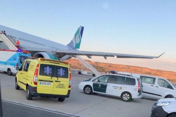 Πανικός στον αέρα: Δεκάδες τραυματίες από αναταράξεις σε πτήση προς Μαδρίτη | tanea.gr