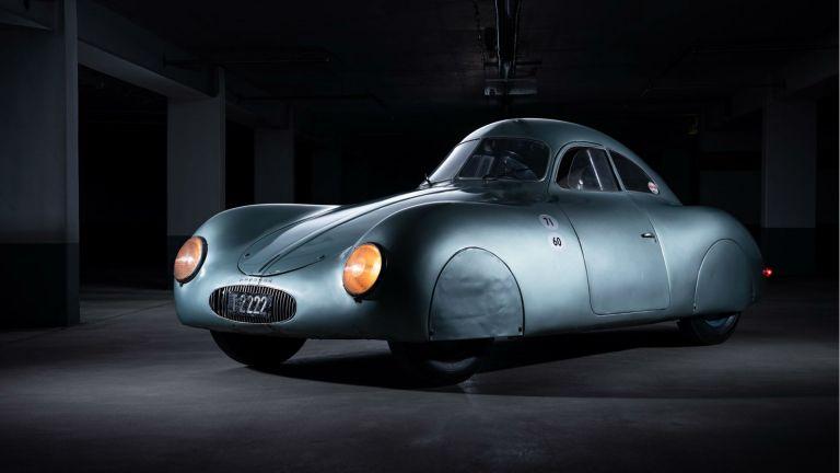Κανείς δεν βρέθηκε να αγοράσει την πιο παλιά Porsche του κόσμου | tanea.gr