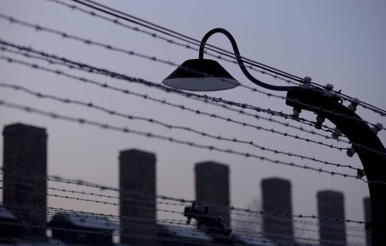 Οι διώξεις, οι εμπειρίες, η διατήρηση της ιστορικής μνήμης | tanea.gr