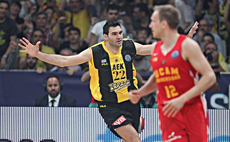 Ανοίγει ο δρόμος για την επιστροφή του «Μαύρου» στην ΑΕΚ | tanea.gr