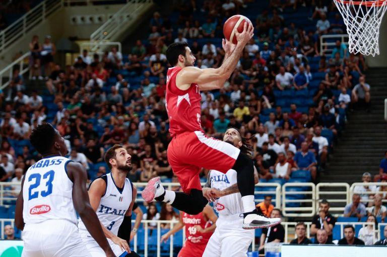 Με ανατροπή στην τρίτη θέση η Τουρκία κόντρα στην Ιταλία (72-70) | tanea.gr