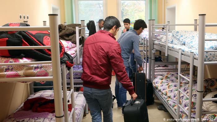 Γερμανία: 930€ για ένα κρεβάτι σε προσφυγικό κατάλυμα | tanea.gr