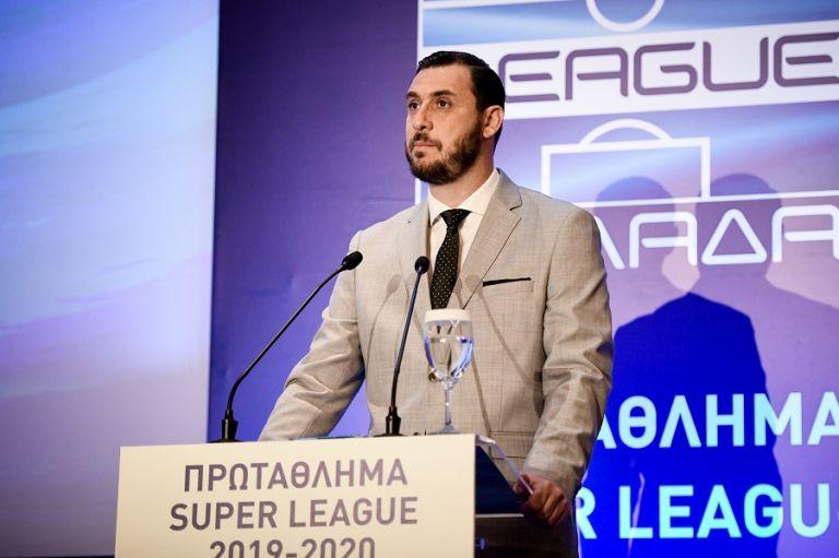 Super League : «Εξοργιστικό ψεύδος τα περί διακοπής» | tanea.gr