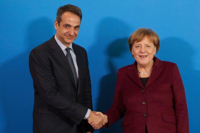 Συνάντηση Μητσοτάκη με Μέρκελ: Στο τραπέζι επενδύσεις, ανάπτυξη, προσφυγικό | tanea.gr