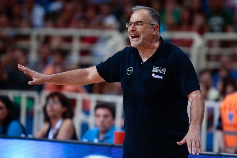 Σκουρτόπουλος: «Δεν φαίνεται σοβαρός ο τραυματισμός του Σλούκα» | tanea.gr