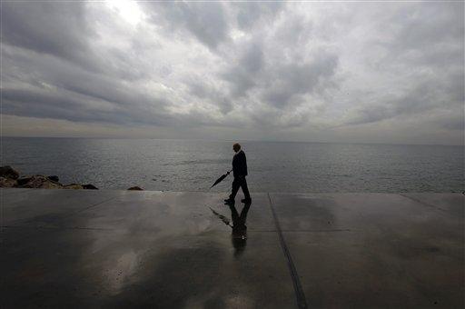 Τοπικές βροχές και μικρή πτώση της θερμοκρασίας την Πέμπτη | tanea.gr