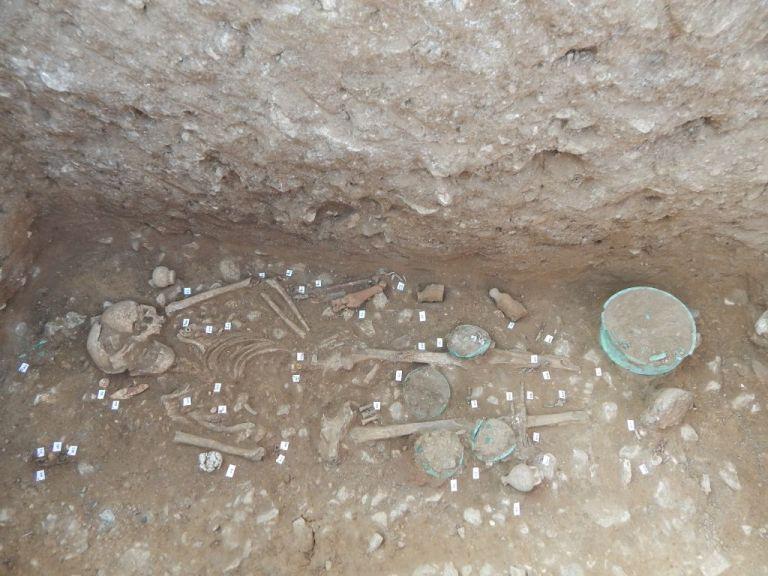 Πάνω από 200 ταφές αποκαλύφθηκαν στην ανασκαφή της Αχλάδας | tanea.gr