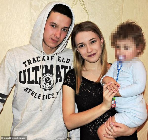 Αδιανόητο δυστύχημα προκάλεσε δίχρονο στη μητέρα του σε αυτοκίνητο | tanea.gr