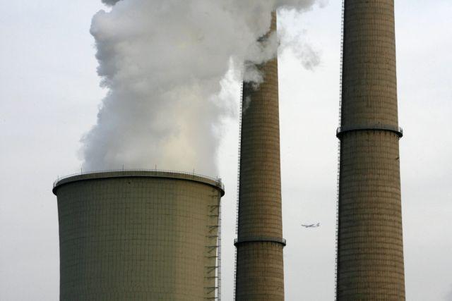 Η ατμοσφαιρική ρύπανση αφαιρεί δύο χρόνια ζωής - 8.000 νεκροί ετησίως στην Ελλάδα | tanea.gr
