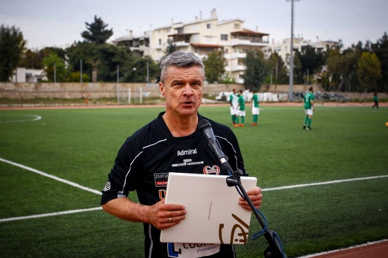 Βαζέχα : Αν ήμουν στη θέση του Δώνη θα είχα δώσει ήδη δελτίο στον Χατζηγιοβάνη | tanea.gr