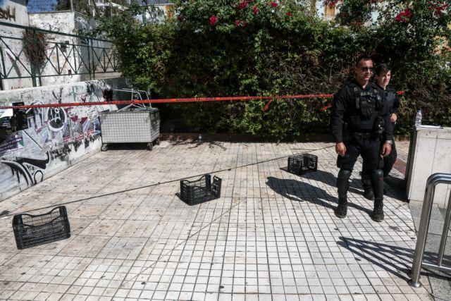 Μαχαίρωσαν θανάσιμα άνδρα μέρα μεσημέρι στους Αμπελόκηπους   tanea.gr
