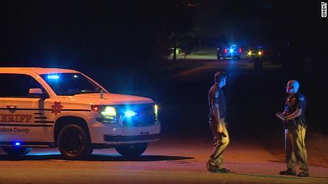 Αλαμπάμα: 14χρονος πυροβόλησε θανάσιμα πέντε μέλη της οικογένειάς του | tanea.gr