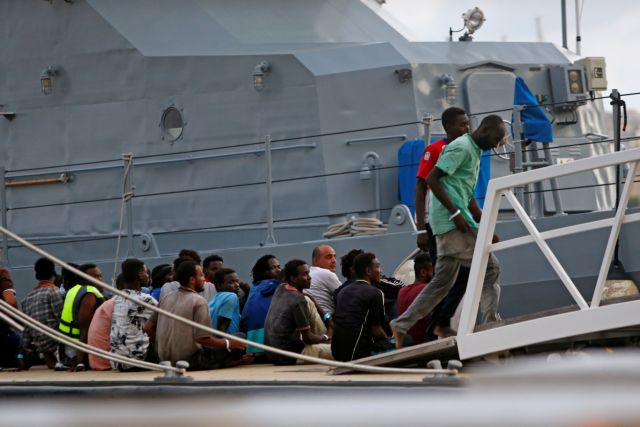 Σε Ελλάδα και Τουρκία την επόμενη εβδομάδα ο Ζεεχόφερ για το προσφυγικό | tanea.gr