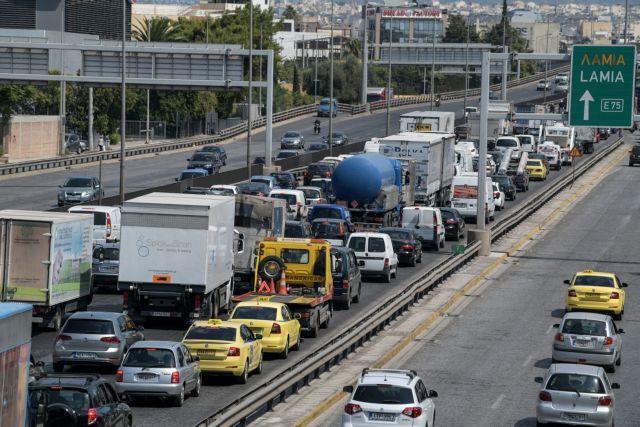 Μποτιλιάρισμα στον Κηφισό λόγω τροχαίου | tanea.gr