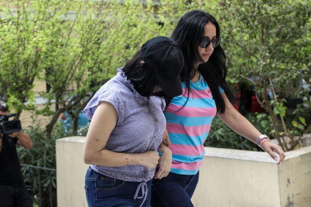 «Πληρώνω που την άφησα» λέει η μητέρα που εγκατέλειψε το μωρό της   tanea.gr