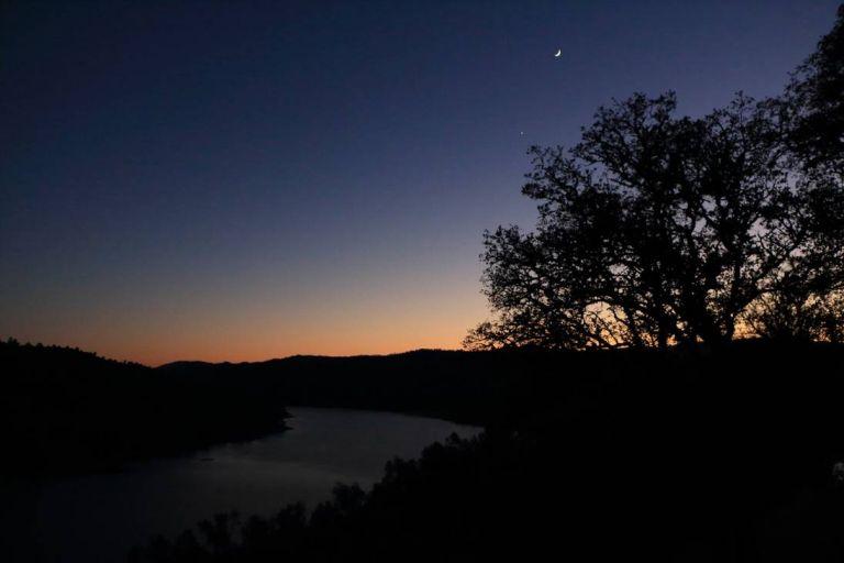 Σε ποιους φέρνει χαμόγελα η Νέα Σελήνη στον Ζυγό | tanea.gr