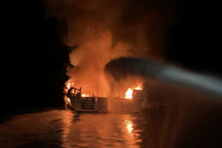 Καλιφόρνια: Οι 34 επιβάτες κάηκαν ζωντανοί την ώρα που κοιμούνταν | tanea.gr