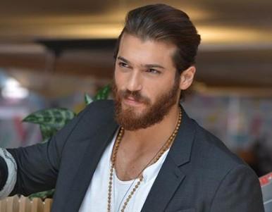 Επισκέπτεται την Ελλάδα ο πιο σέξι Τούρκος για το 2019; | tanea.gr