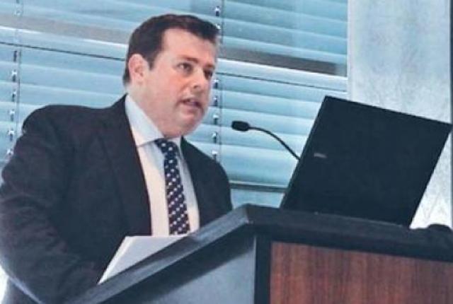 Υπαγωγή στο εξωδικαστικό συμβιβασμό επιδιώκει ο Φιλιππάκης | tanea.gr