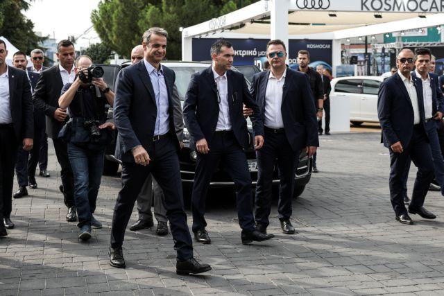 O Κυριάκος Μητσοτάκης στα περίπτερα της ΔΕΘ - Τι είπε για τον δήμαρχο | tanea.gr
