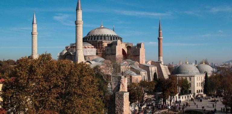 Αγια-Σοφιά: Τούρκος καθηγητής αποκαλύπτει τι κρύβουν τα θεμέλιά της | tanea.gr