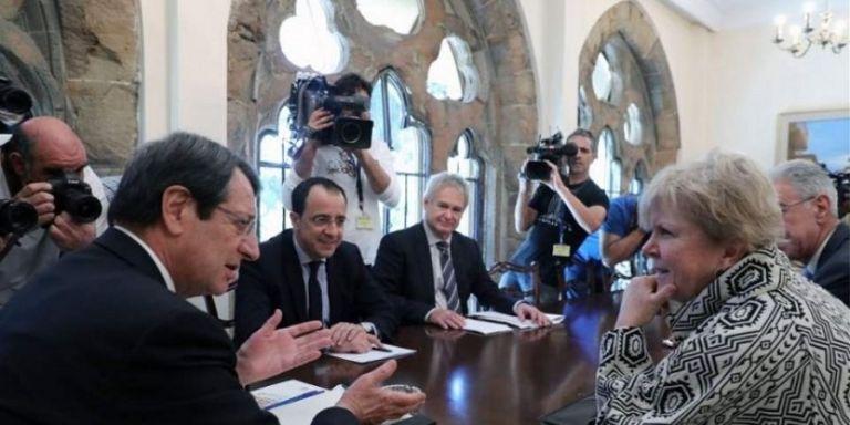 Πιθανή συνάντηση Αναστασιάδη - Ακιντζί | tanea.gr