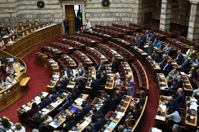 Ανατροπές για κόμματα και υποψηφίους | tanea.gr