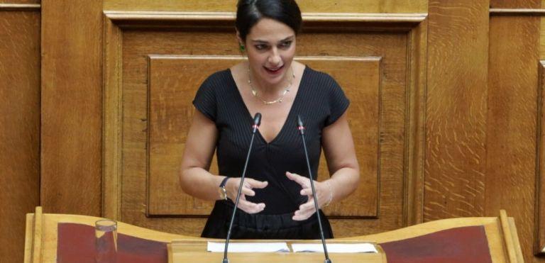 Δόμνα Μιχαηλίδου: Έρχεται ψηφιακή κάρτα εργασίας | tanea.gr