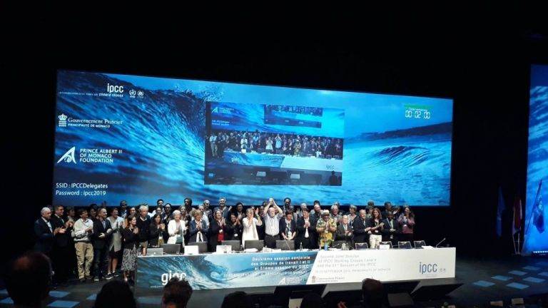 Υιοθετήθηκε από τον ΟΗΕ η έκθεση για ωκεανούς και παγωμένες ζώνες | tanea.gr