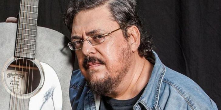 Λαυρέντης Μαχαιρίτσας: Γιατί αγαπήθηκε από το κοινό ο μεγάλος τραγουδοποιός | tanea.gr