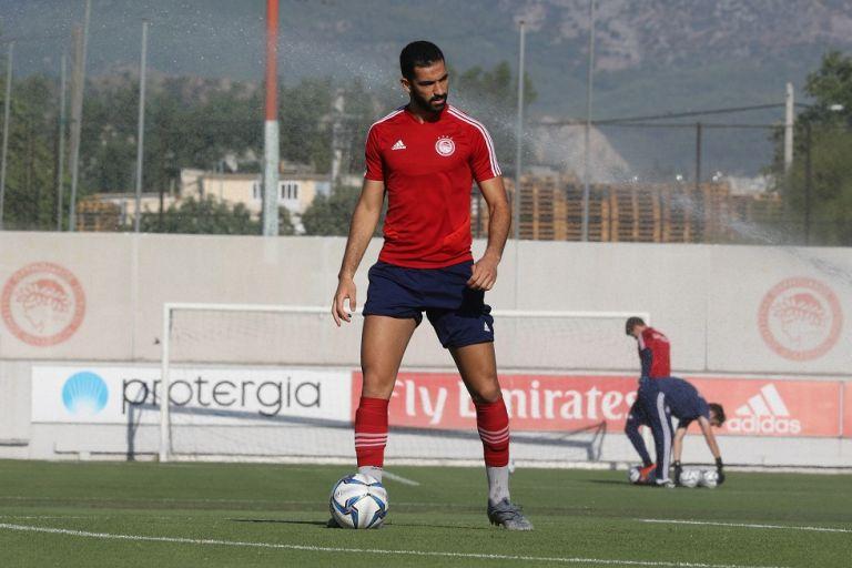 Ολυμπιακός: Επέστρεψαν Μεριά και Μάρκοβιτς | tanea.gr