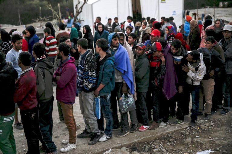 Σκληρή απάντηση υπουργείου Προστασίας κατά ΣΥΡΙΖΑ για το προσφυγικό   tanea.gr