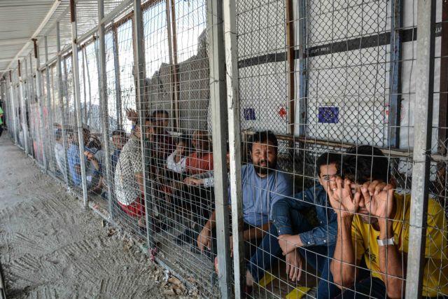 Καραβόμυλος: Aντιδράσεις κατοίκων για τη μεταφορά προσφύγων στην περιοχή | tanea.gr