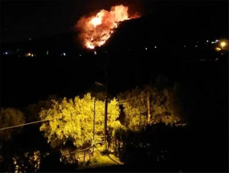 Κάτοικος Νέας Μάκρης: Η φωτιά έφτασε στα 300 μέτρα από σπίτια | tanea.gr