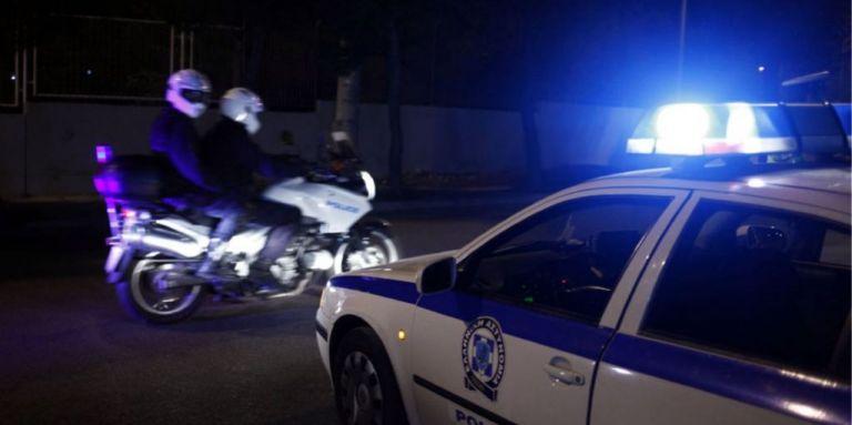 Εξάρχεια : Κρατούμενος απέδρασε από το αστυνομικό τμήμα   tanea.gr