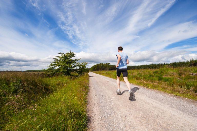 Ακόμα και η σύντομη διακοπή της σωματικής άσκησης έχει επιπτώσεις στην υγεία μας | tanea.gr