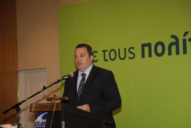Ο Στυλιανίδης προτείνεται για πρόεδρος της Επιτροπής Αναθεώρησης του Συντάγματος | tanea.gr