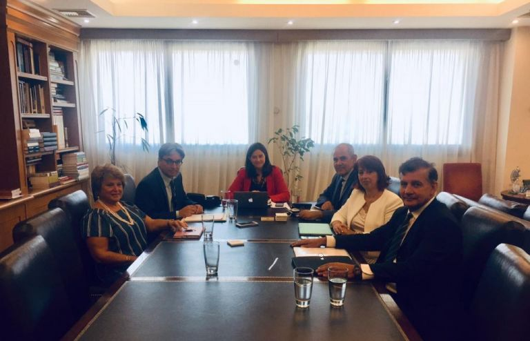 Συνάντηση Κεραμέως - πρυτάνεων για τις αλλαγές που προωθούνται στα ΑΕΙ | tanea.gr