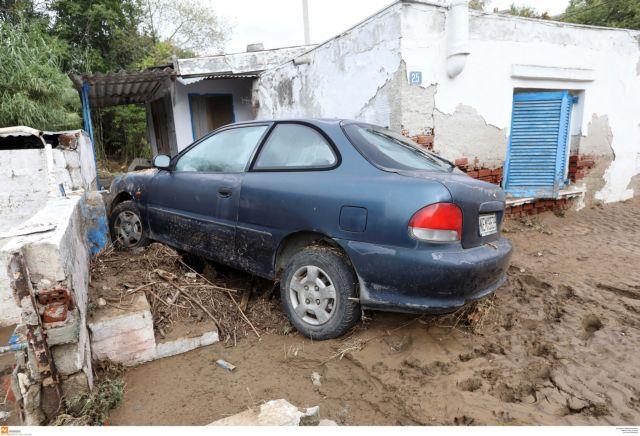 Θεσσαλονίκη: Πλημμυρισμένα σπίτια, ΙΧ σε αυλές και λάσπη παντού | tanea.gr