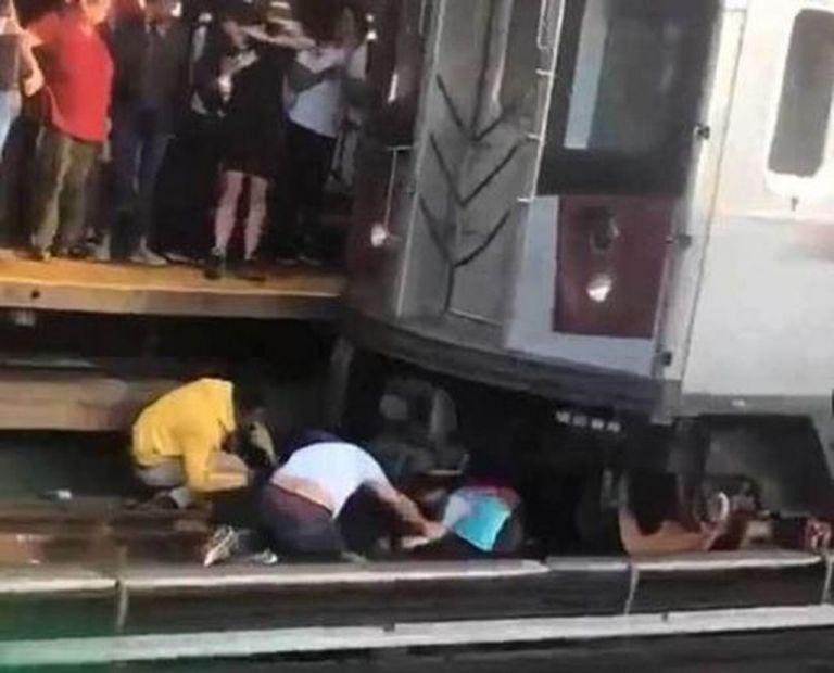 Νεκρός 45χρονος που πήδηξε στις γραμμές του μετρό κρατώντας την κόρη του | tanea.gr