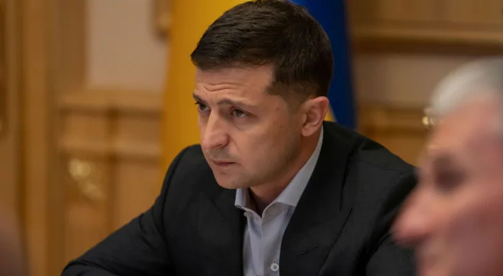 Πρόεδρος της Ουκρανίας : Ουδείς με πίεσε στο τηλεφώνημα με τον Ντόναλντ Τραμπ   tanea.gr
