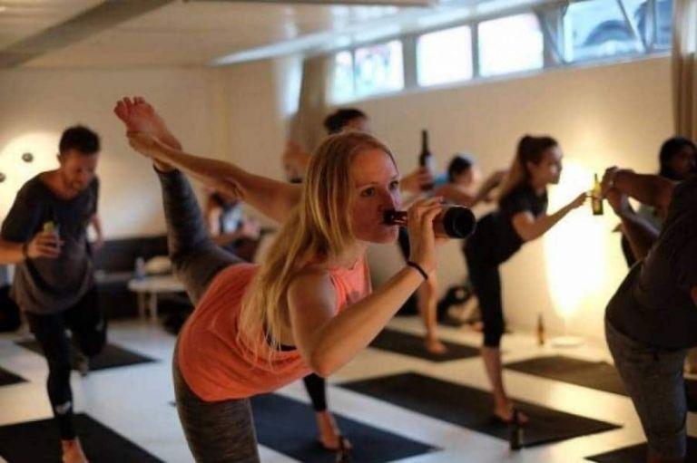 Η τελευταία μόδα στη γυμναστική είναι η... γιόγκα της οργής | tanea.gr