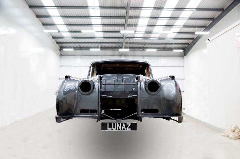 Πασίγνωστα vintage αυτοκίνητα μετατρέπονται σε ηλεκτροκίνητα | tanea.gr