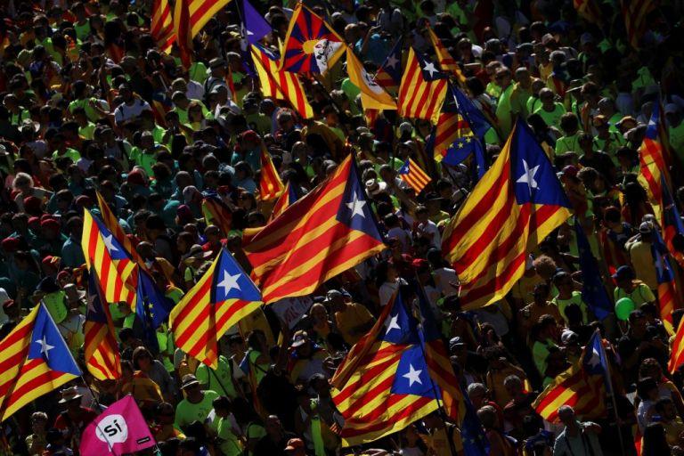 Ισπανία : Στη φυλακή εννιά καταλανοί αυτονομιστές | tanea.gr