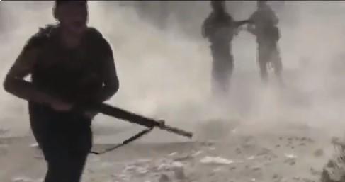 Συρία : Βίντεο – ντοκουμέντο με Κούρδους μαχητές να σώζουν συντρόφους τους | tanea.gr