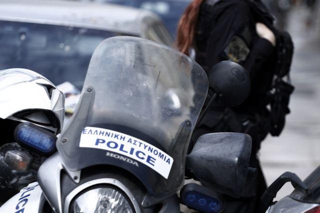 Αναστάτωση σε σχολείο στα Χανιά : Πατέρας μαθητή χτύπησε δασκάλα   tanea.gr