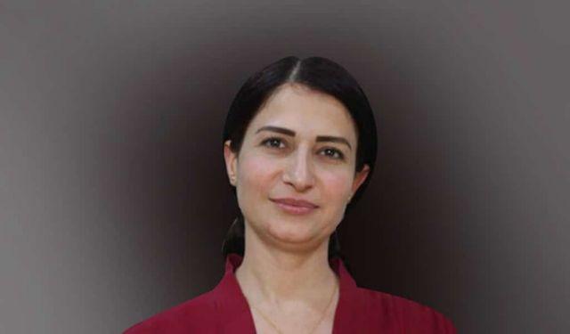Εβρίν Χαλάφ : Η 34χρονη πολιτικός - σύμβολο της προδοσίας των Κούρδων από τους Αμερικανούς | tanea.gr