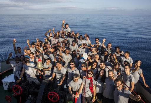 Γιατροί του Κόσμου : Για ποιες διατάξεις αντιδρούν στο ν/σ για το άσυλο   tanea.gr