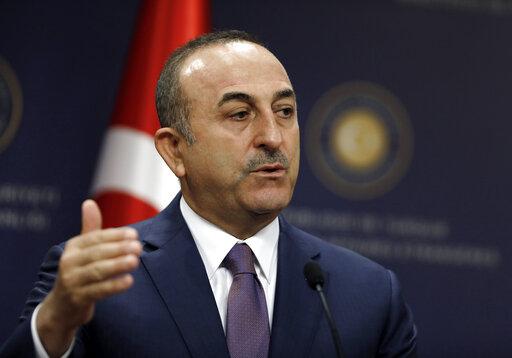 Τσαβούσογλου :  Η Τουρκία θα απαντήσει σε ενδεχόμενες αμερικανικές κυρώσεις | tanea.gr