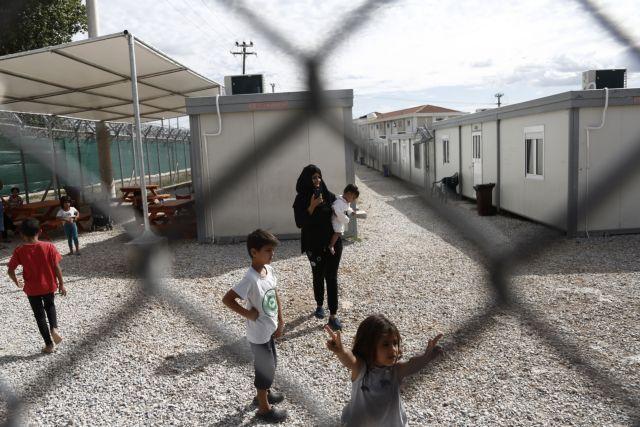 Φωτιά στο κέντρο κράτησης προσφύγων στην Αμυγδαλέζα   tanea.gr